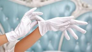 Best Moisturizing Gloves for Nails and Cuticles of 2020